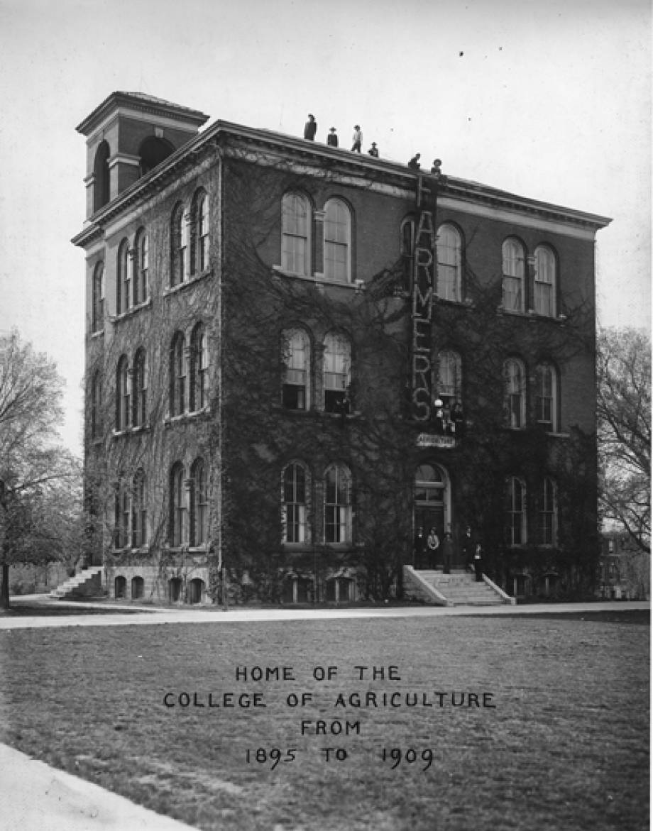 Switzler Hall, 1922