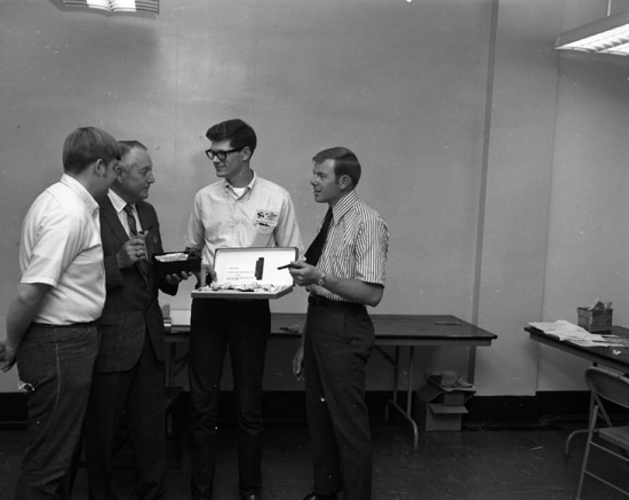 Ag Journalism Club Pipe Smoking Contest, 1970