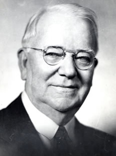 John Waldo Connaway (1859-1947).  After his work to eradicate Texas Tick Fever, he researched Hog Cholera, a disease that plagued Missouri farmers.  He is credited with eradicating the disease.  Courtesy MU College of Veterinary Medicine.