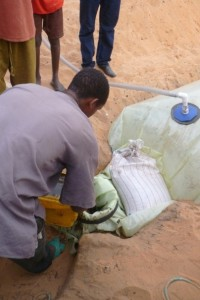 Biodigester begins to be fed with a mixture of water and manure at a ratio of 4:1.
