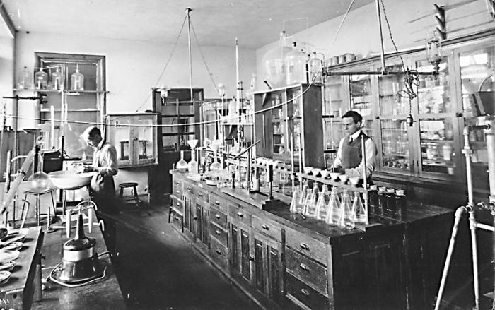 Dairy Chemistry-Lab 1909