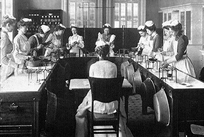 Home Economics class 1909