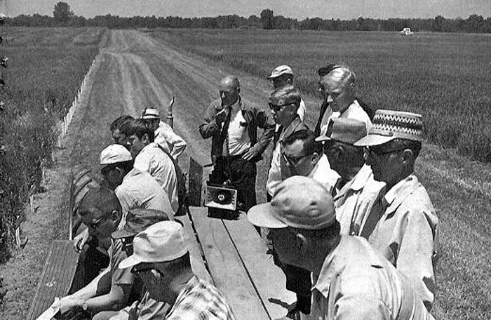 Touring New Bradford Farm in 1959