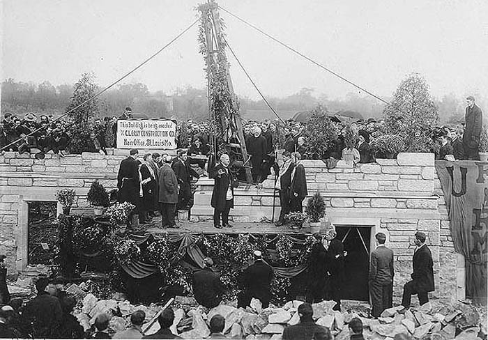 Waters Hall Cornerstone Laying 1907