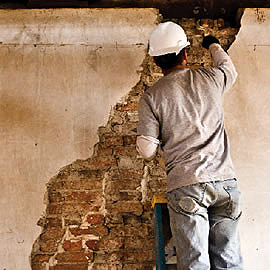 Horsehair and plaster, as in the original construction, was used to repair interior wall cracks.
