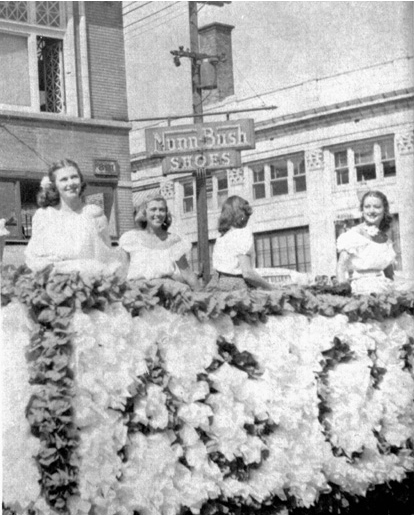 Ag Club queen candidates at the last Farmers' Fair in 1957. Courtesy University Archives.
