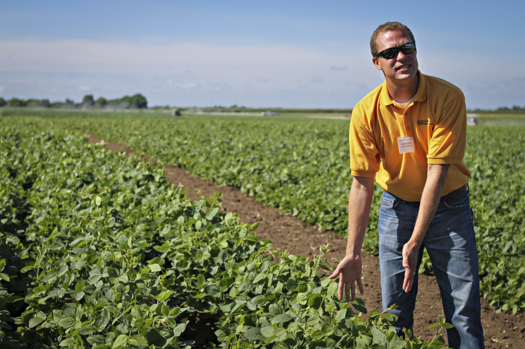 Senior Research Scientist Andrew Scaboo will speak on soybean breeding concepts and will take participants on tours of the research fields at Bradford.