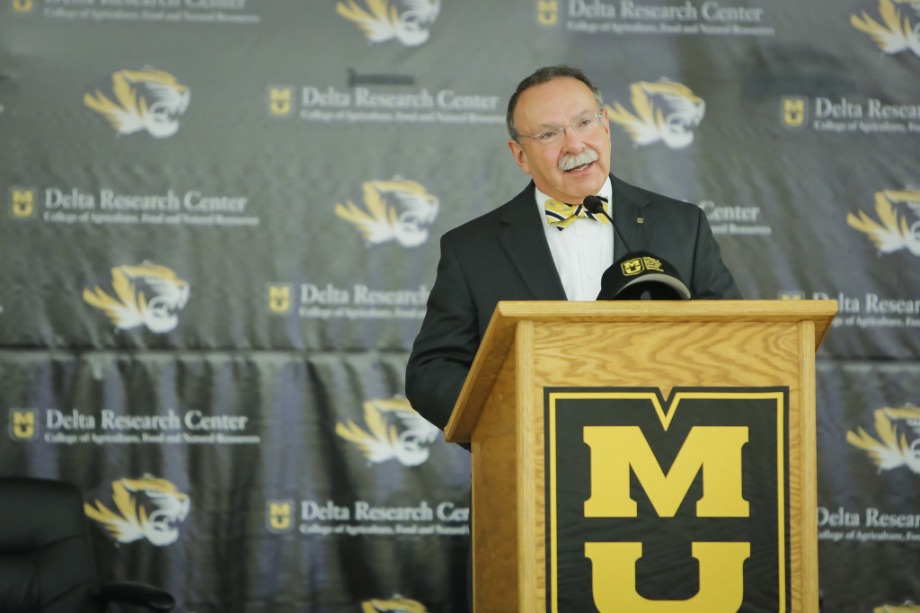 New MU Chancellor R. Bowen Loftin spoke at the morning's breakfast.