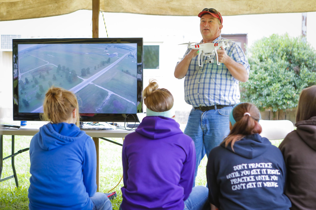 Bruce Burdick, superintendent of Hundley-Whaley Research Center in Albany, shared with students from Exeter High School the latest technology in UAVs. Besides showcasing the new gadgets, he explained how they can be used in agriculture such as crop scouting and livestock watch.