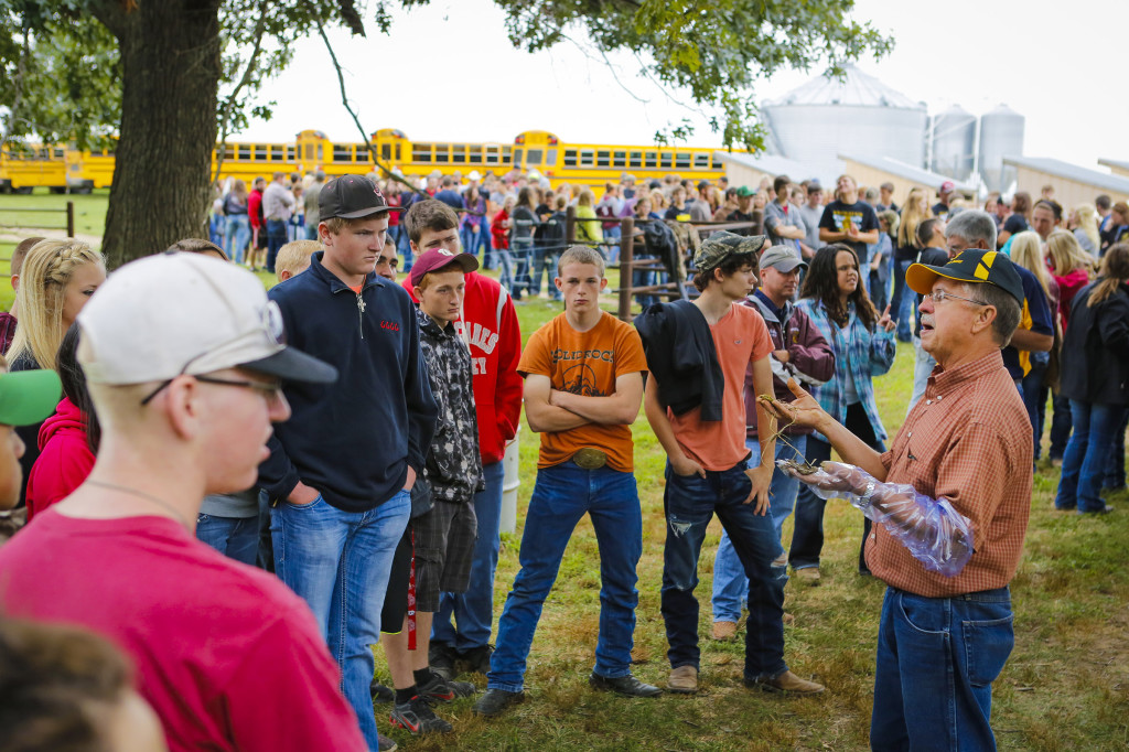 The Southwest Research Center hosted its annual Agriculture Education Day on Sept. 11, 2014. The center near Mount Vernon operated by the MU College of Agriculture, Food and Natural Resources (CAFNR) welcomed more than 2,100 students from nearly 50 area schools.