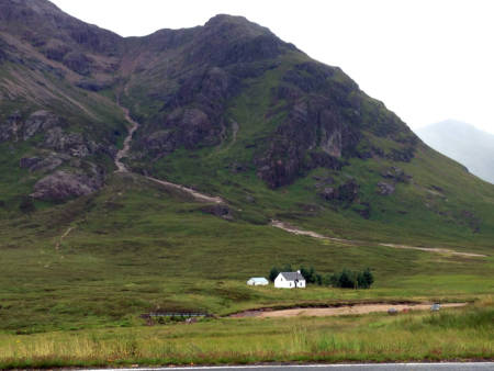 A farmhouse can be spotted along the travels of Mike and Stephanie Smith in northern Scotland. Photo courtesy of Mike Smith.