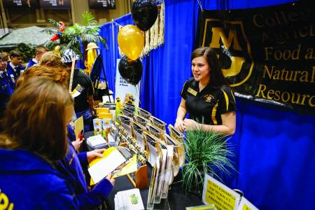 CAFNR Ambassadors at Missouri FFA Convention