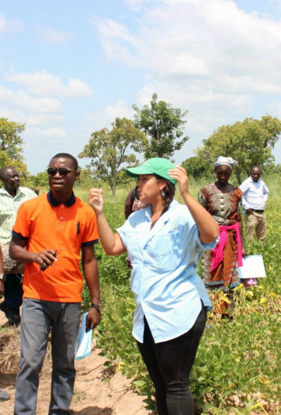Carrie Miranda talks to local farmers and smallholders in Ghana about soybeans. She has been doing research in Ghana since June as a U.S. Borlaug Fellow in Global Food Security. Photo courtesy of Carrie Miranda.
