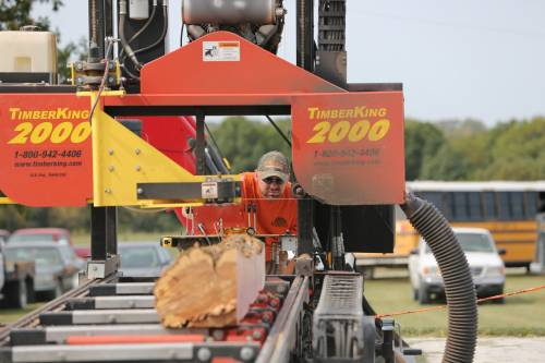 Murrell Enterprises, LLC was on hand during the Forage Systems Research Center field day, doing sawmill demonstrations for those in attendance.