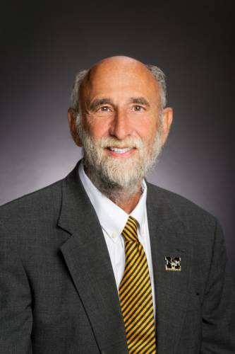Dr. Sandy Rikoon, Dean of the College of Human Environmental Sciences and CAFNR professor of rural sociology, is honored with the 2018 Faculty-Alumni Award.