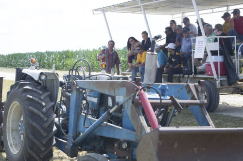 Producer Pieter Los showcased how he built his own between-row weed mower during the Greenley Research Center Field Day.