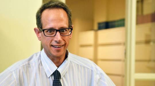 Tony Lupo Wins SEC Faculty AchievementAward (click to read)
