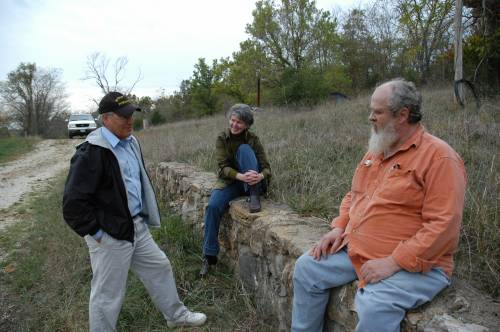 Wells talks with Doug Allen, right, and Gene Garrett, left. Allen passed away in 2017. He created two endowments before he died and left everything he had to the University of Missouri, including the more than 500 acres that became the Land of the Osages Research Center. His gifts have allowed for and will continue to open the door for more agroforestry research – as well as unique partnerships and collaborations for CAFNR and Mizzou.