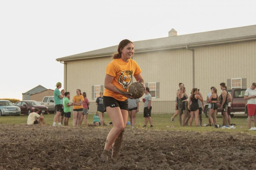CAFNR Week - Mud Volleyball